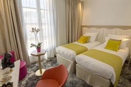 93831_007_Guestroom