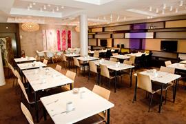 93385_007_Restaurant