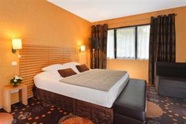 93683_001_Guestroom