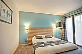 93683_003_Guestroom