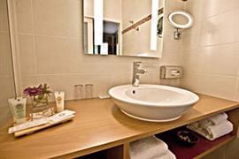 93683_004_Guestroom