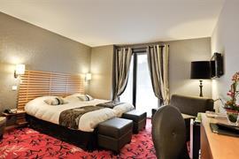 93683_005_Guestroom
