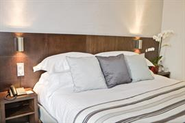 93707_002_Guestroom
