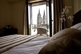 93707_003_Guestroom
