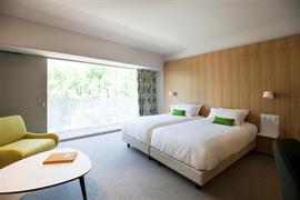 93820_007_Guestroom