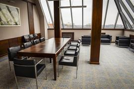 81036_002_Meetingroom