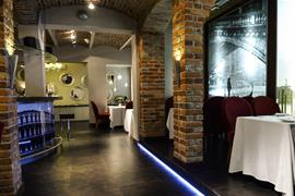 81036_007_Restaurant