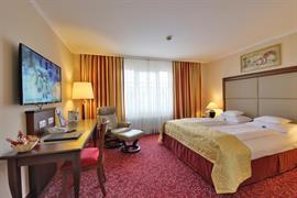 95304_004_Guestroom