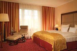 95304_007_Guestroom