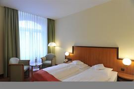 95197_003_Guestroom
