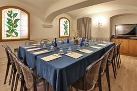 98105_002_Meetingroom