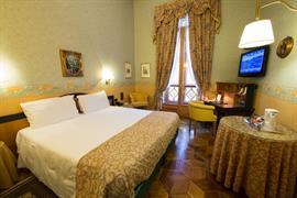 98105_007_Guestroom