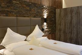 89115_000_Guestroom