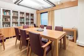 91064_007_Meetingroom