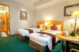 78721_002_Guestroom