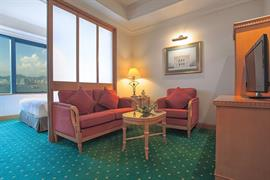 78721_005_Guestroom