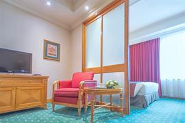 78721_006_Guestroom