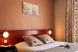 93520_007_Guestroom