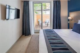 93827_007_Guestroom