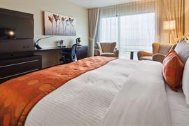 67027_004_Guestroom