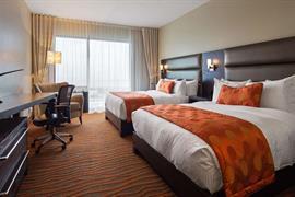 67027_005_Guestroom