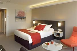 93787_000_Guestroom