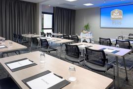 93787_005_Meetingroom