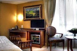93498_001_Guestroom