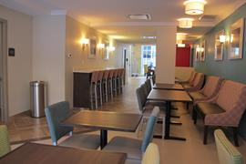 67029_005_Restaurant