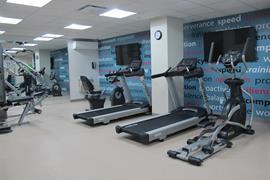 67029_006_Healthclub