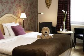 88158_000_Guestroom