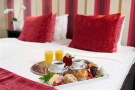 88158_001_Guestroom