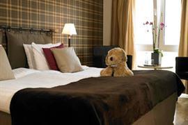 88158_003_Guestroom