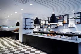 88224_004_Restaurant