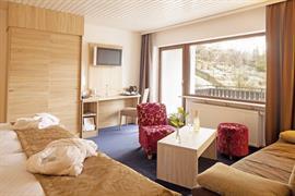 95209_006_Guestroom