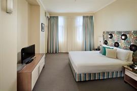 97207_006_Guestroom
