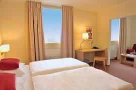 95455_005_Guestroom