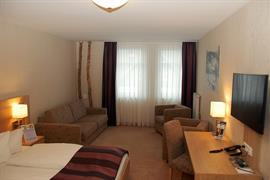 95383_006_Guestroom
