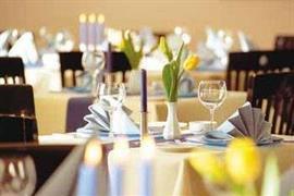 95216_005_Restaurant