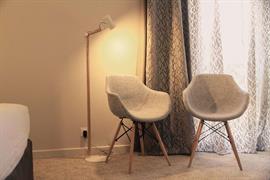 93850_002_Guestroom