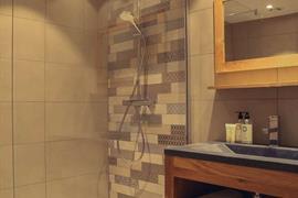 93850_003_Guestroom