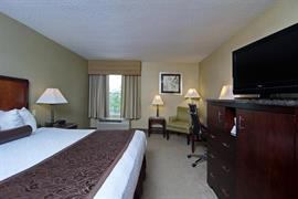 47092_001_Guestroom