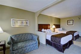 47092_005_Guestroom