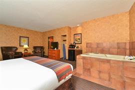32095_001_Guestroom