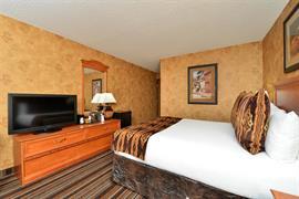 32095_002_Guestroom