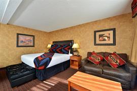 32095_004_Guestroom