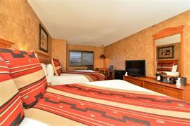 32095_006_Guestroom