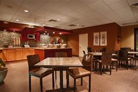 05655_004_Restaurant