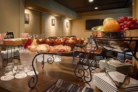 05326_007_Restaurant