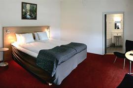 88173_004_Guestroom